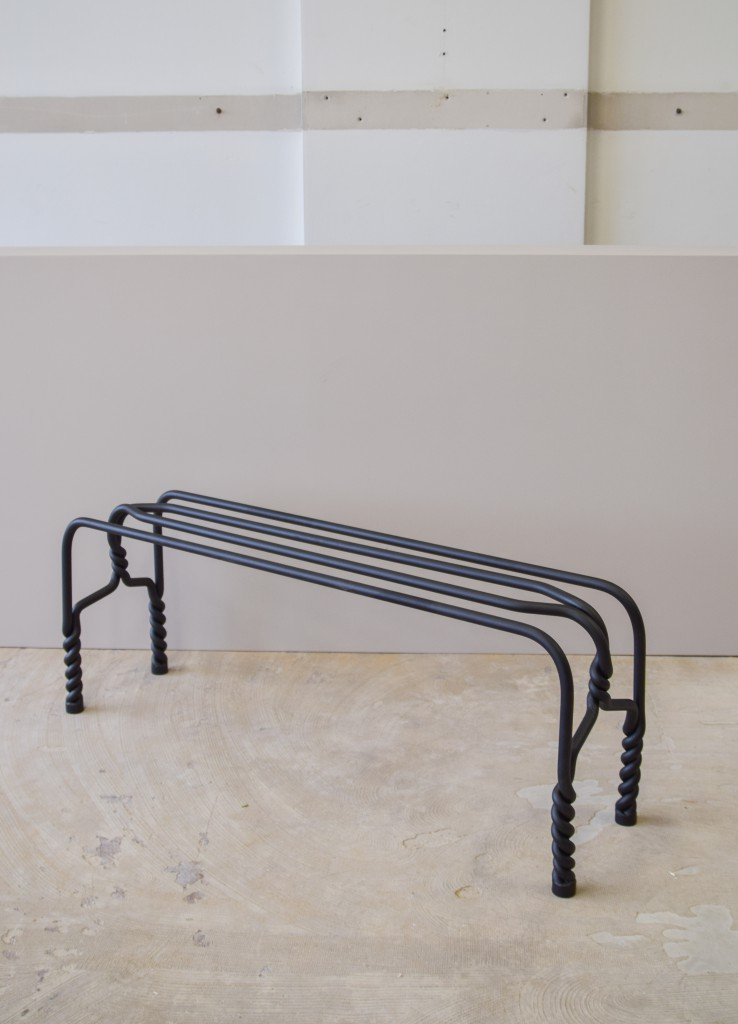 TWISTED FUNCTIONALS Bench(picture by Ralf Gloudemans) (3)